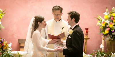 Wedding Photographs at Holy Family Catholic Church Kirkland | Seattle