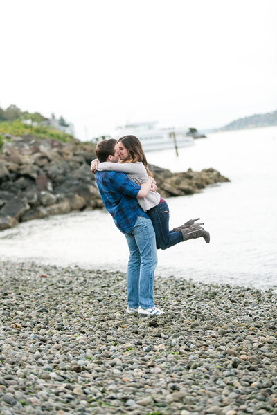 Alki Beach Engagement Session | Seattle