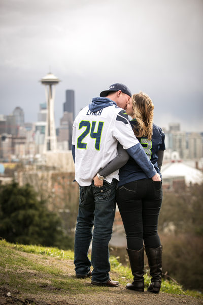 Kerry Park Family Portrait Photographer | Seattle