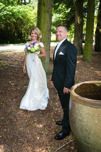 Fun Wedding Photographer in Bothell