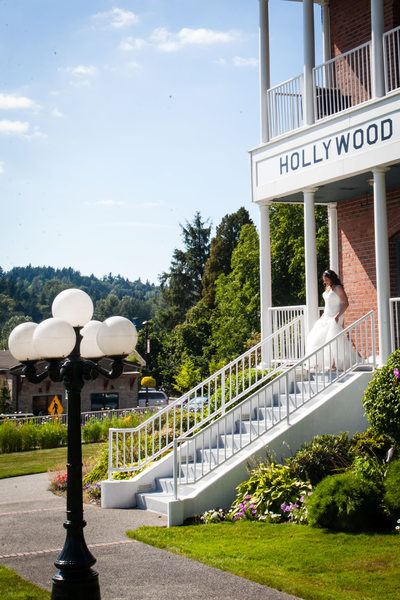Wedding Photographer for Hollywood Schoolhouse Woodinville