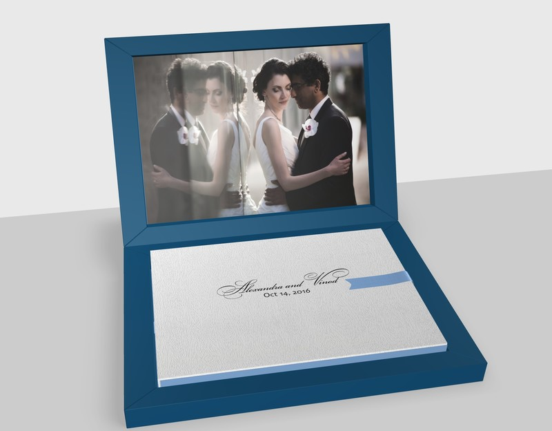 Deep blue leather wedding album made in Italy