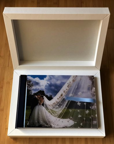 Crystal Glance Signature Wedding Book