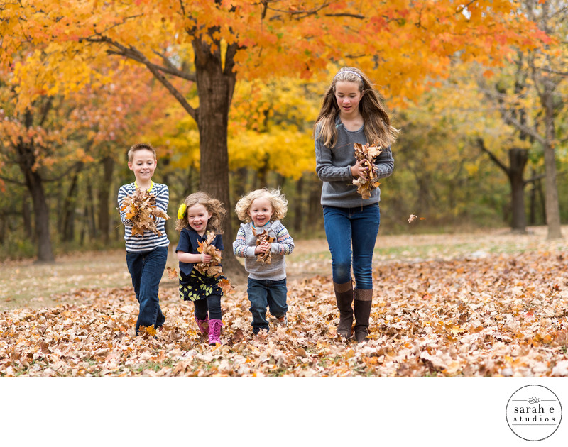 Family Photographs at Castlewood State Park in Ballwin, MO