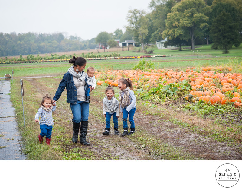 Fall Family Photos at Pumpkin Farm in Fenton MO