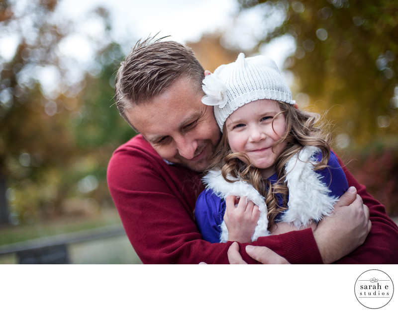 Fall Portrait Photo of Father and Daughter at Bee Tree Park in St. Louis