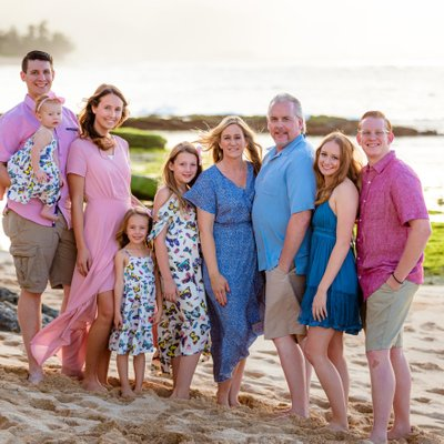 Family photos during their vacation in Hawaii - North Shore