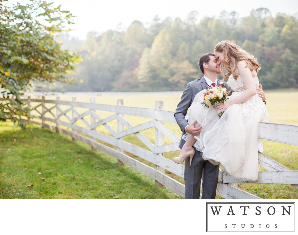 Husband and Wife wedding photographers in Nashville