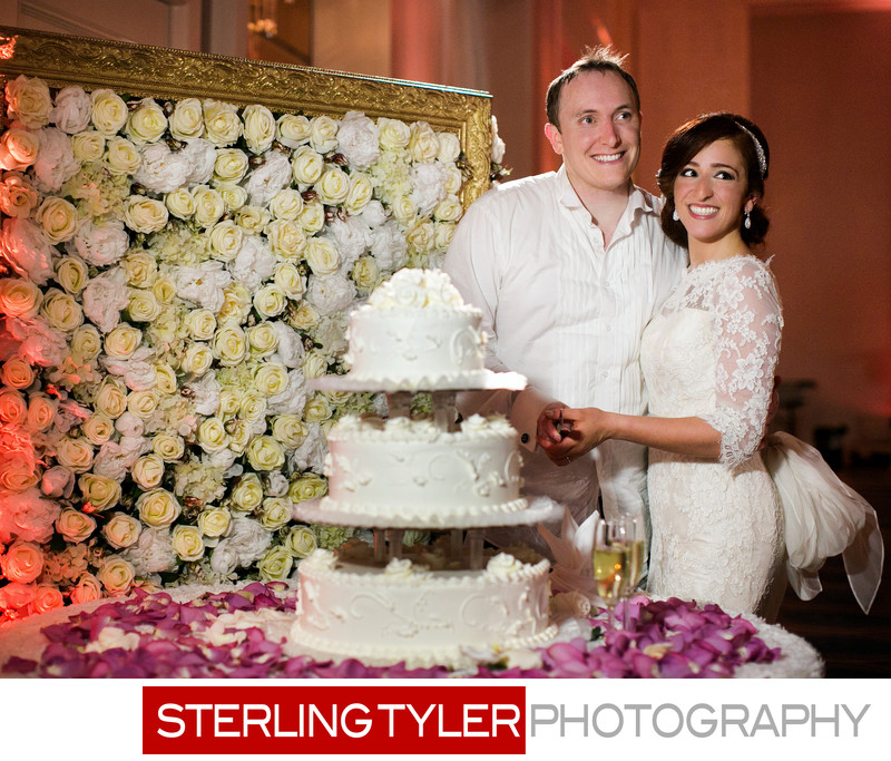 cake cutting photograph at universal sheraton