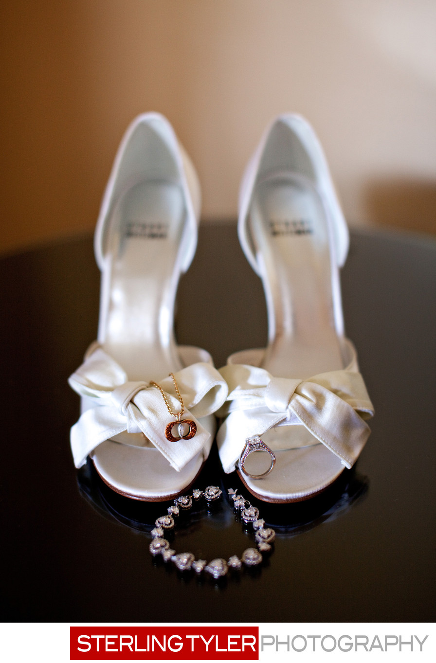 wedding shoes and jewelry los angeles wedding photographer