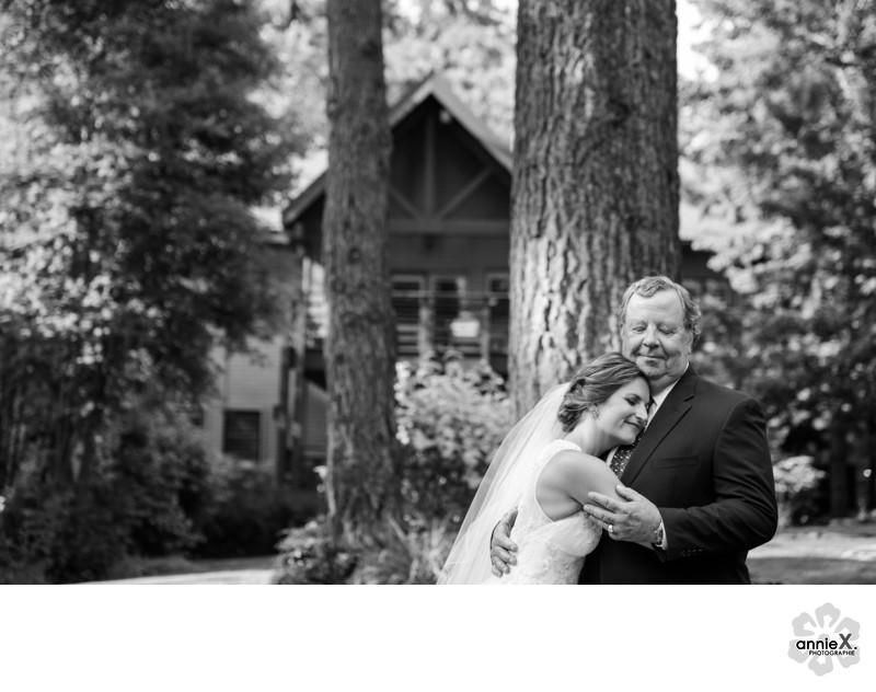 candid family moments at wedding in Lake Tahoe
