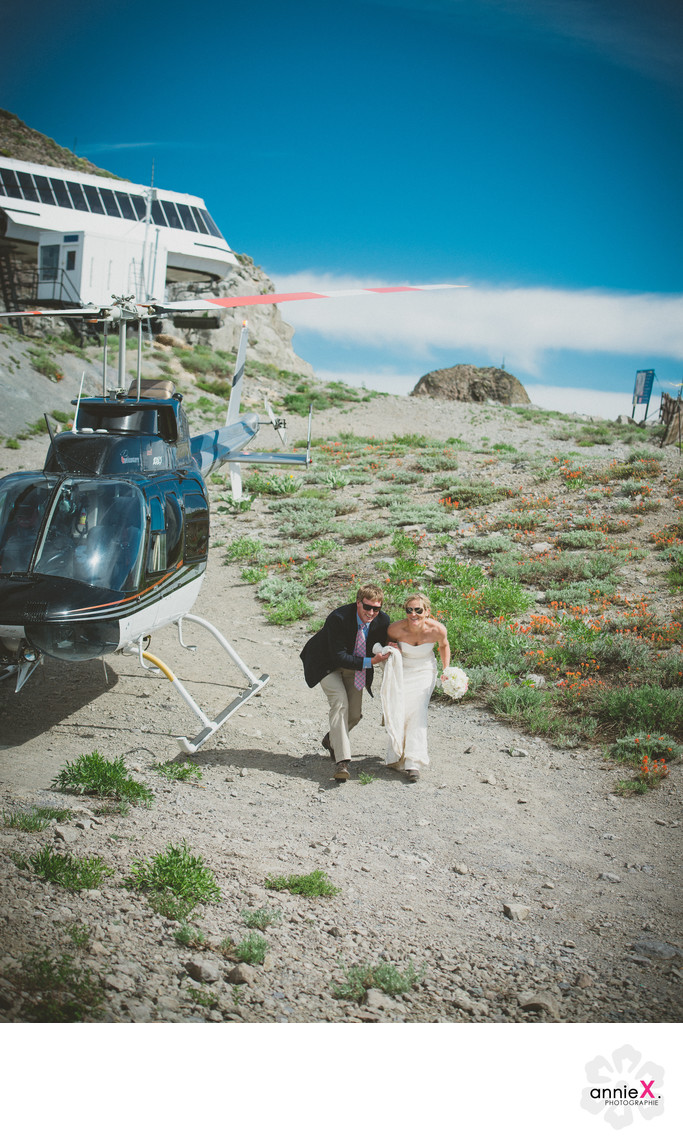 Landing on Kt-22 with bride and groom