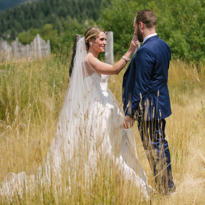 Professional wedding photographer in Squaw Valley