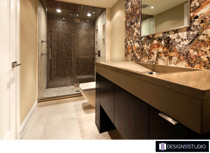 MODERN RIVERSIDE CONDO GUEST BATH - VANITY PERSPECTIVE - HOLLY WIEGMANN - DESIGN 51 STUDIO