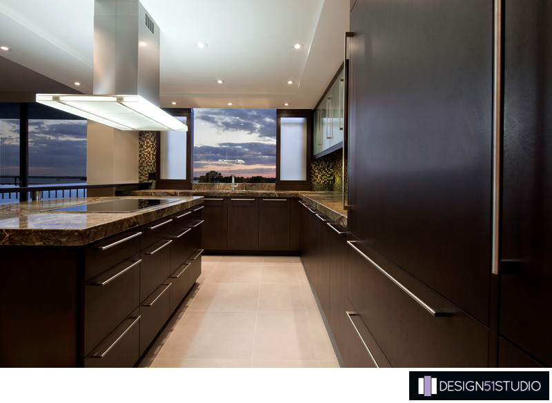 MODERN RIVERSIDE CONDO KITCHEN - COOK TOP & HOOD - HOLLY WIEGMANN - DESIGN 51 STUDIO