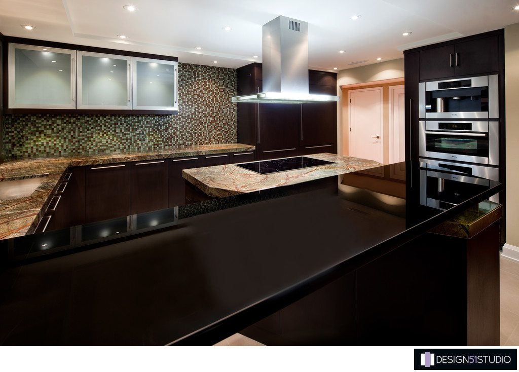 MODERN RIVERSIDE CONDO KITCHEN - GLASS TOP - HOLLY WIEGMANN - DESIGN 51 STUDIO