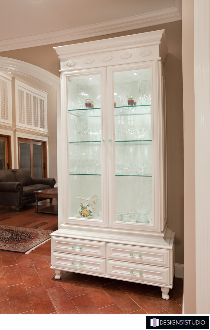 TRADITIONAL EPPING FOREST KITCHEN - CUSTOM CHINA CABINET - HOLLY WIEGMANN - DESIGN 51 STUDIO