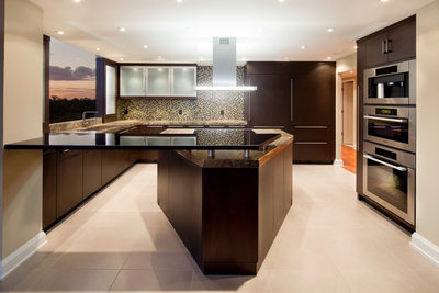 MODERN RIVERSIDE CONDO KITCHEN - HOLLY WIEGMANN - DESIGN 51 STUDIO