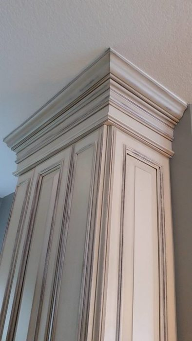 SAWGRASS COUNTRY CLUB - OLD WORLD KITCHEN - CABINETRY DETAILS - HOLLY WIEGMANN - DESIGN 51 STUDIO