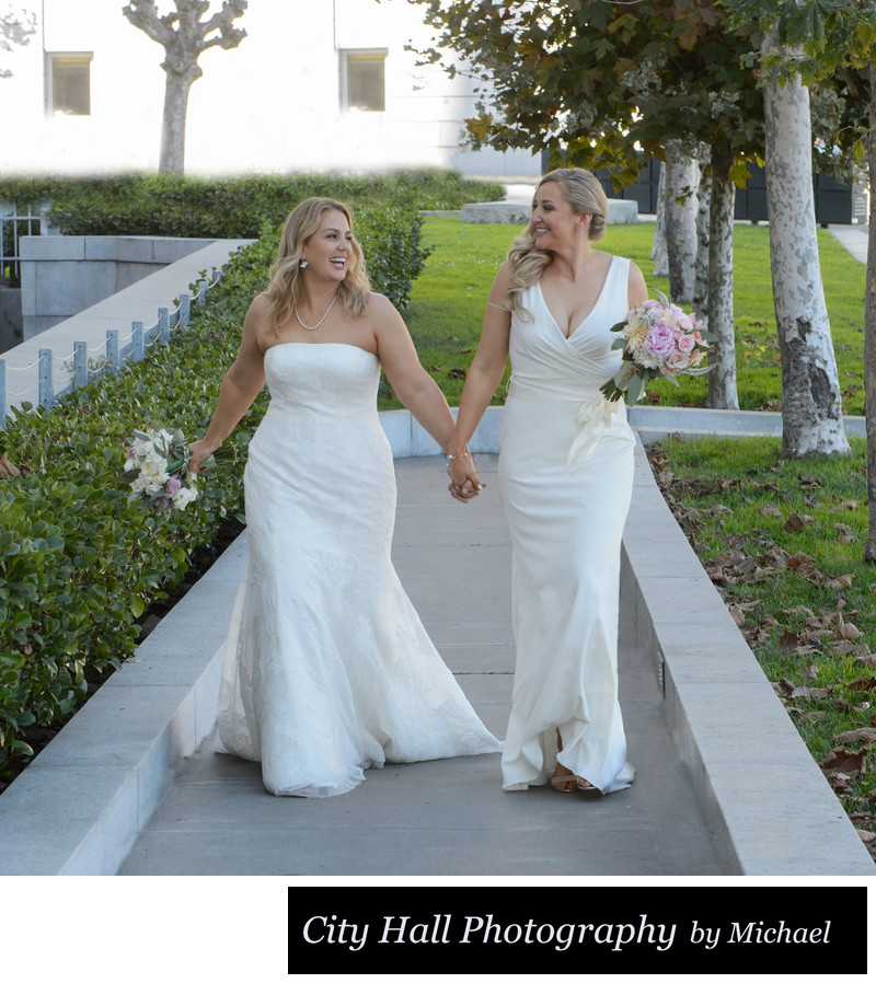 lesbian wedding dresses wedding holding walking in san francisco 5502