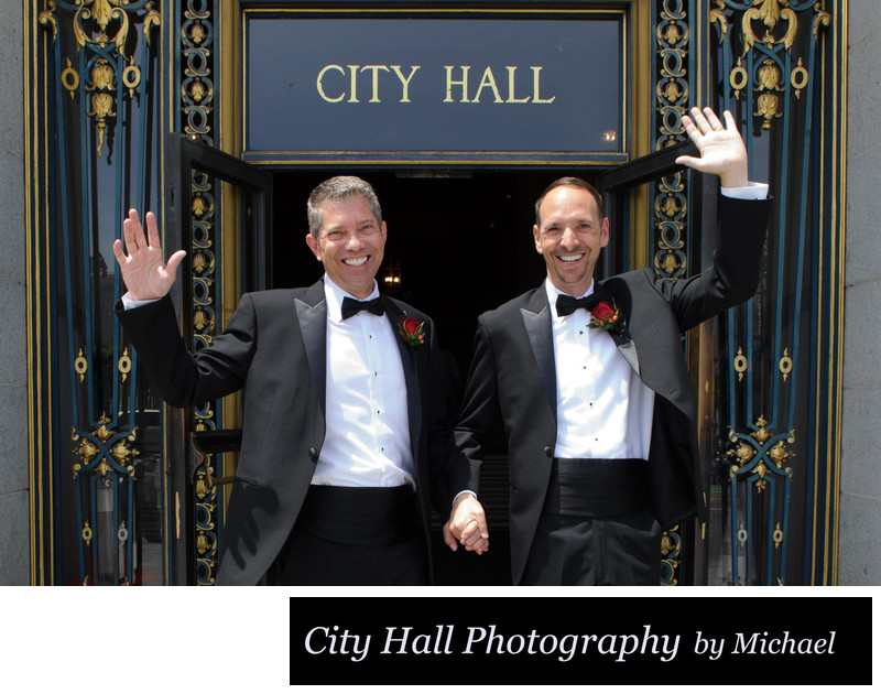Gay Marriage at the San Francisco Courthouse - 2 Grooms are Wed