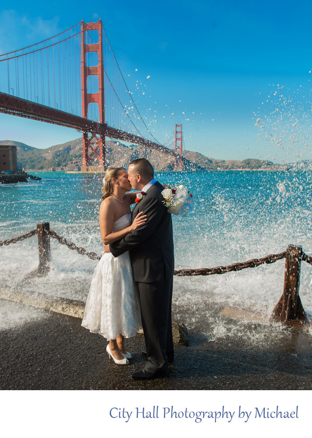 Golden Gate Bridge Splash Wedding Image