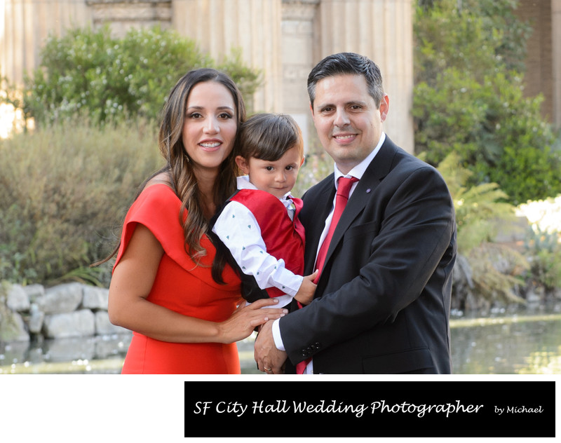 Family Portrait Shoot at the Palace of Fine Arts in San Francisco