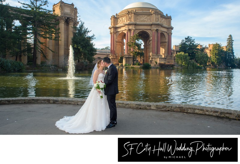 Panoramic Picture of The Palace of Fine Arts- Kissing Newlyweds