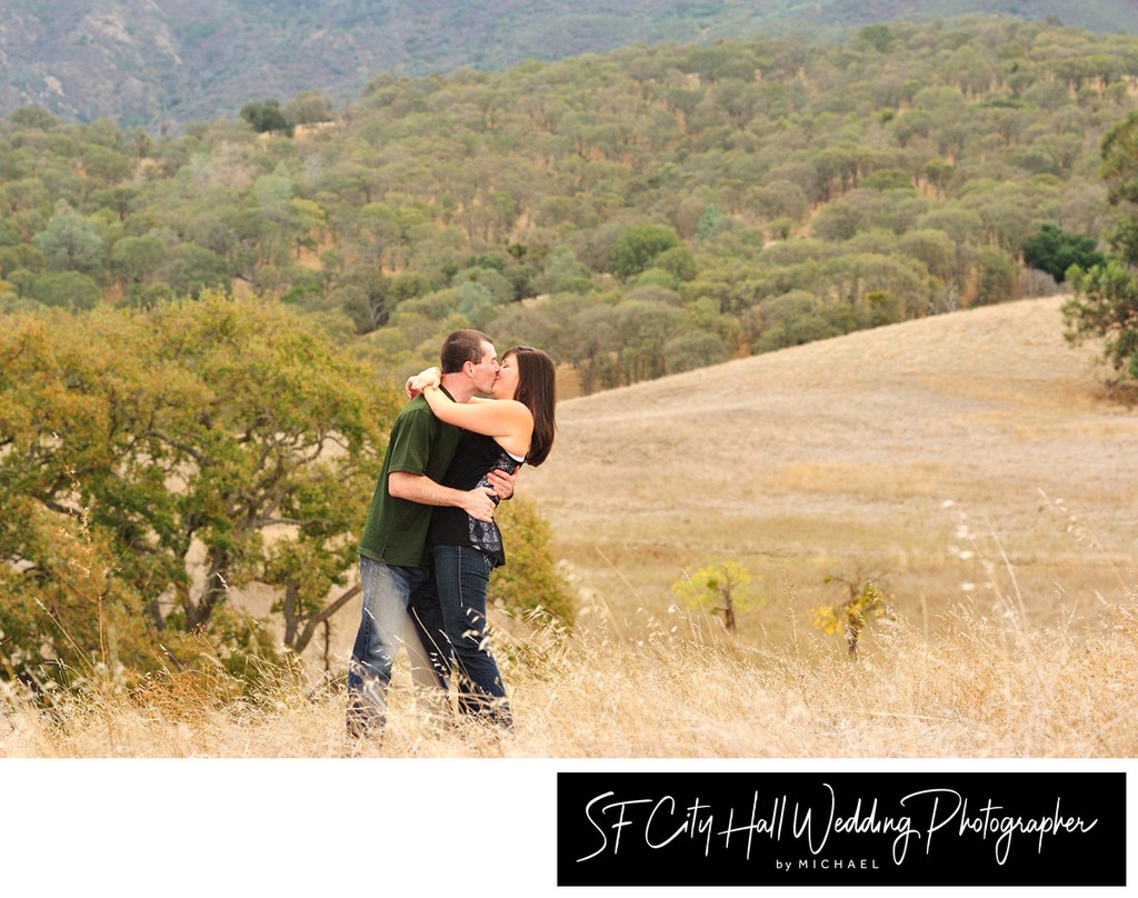 Kissing Outdoors in the San Francisco Bay Area - Portrait Photography