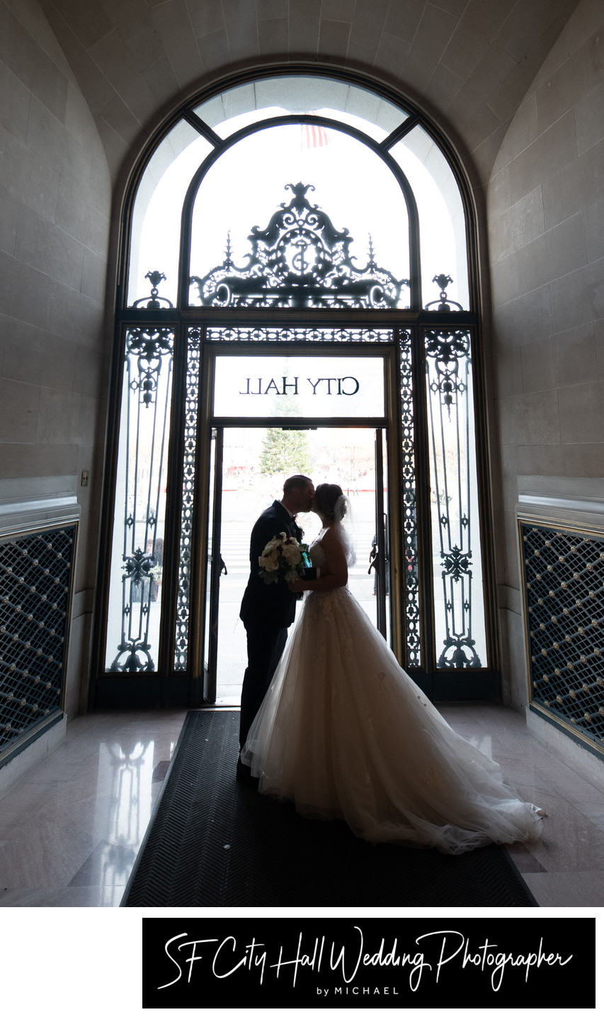 San Francisco City Hall Entrance Wedding Photography Image