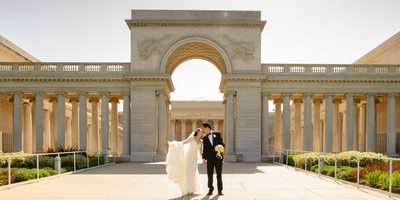 Marriage kiss at the San Francisco Legion of Honor