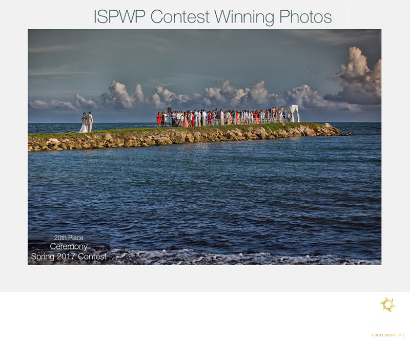Winning photo ceremony contest