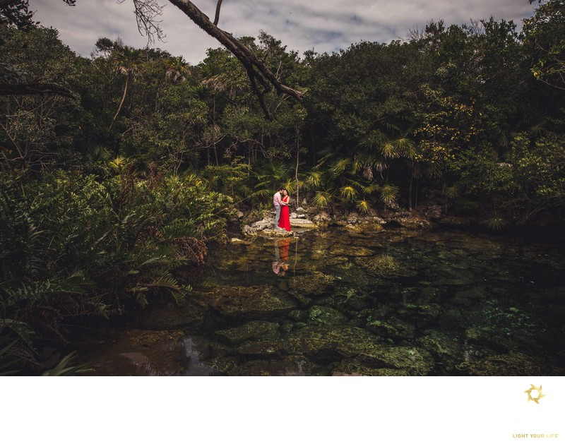Engagement session cenote