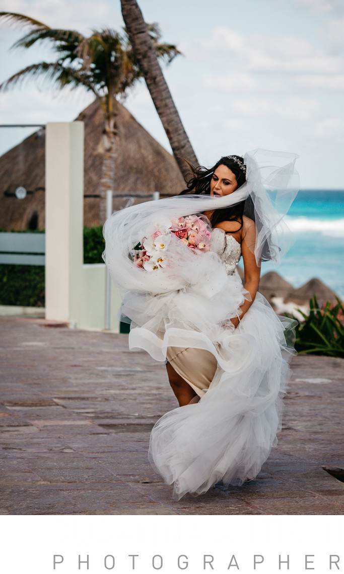 windy moment amazing wedding dress