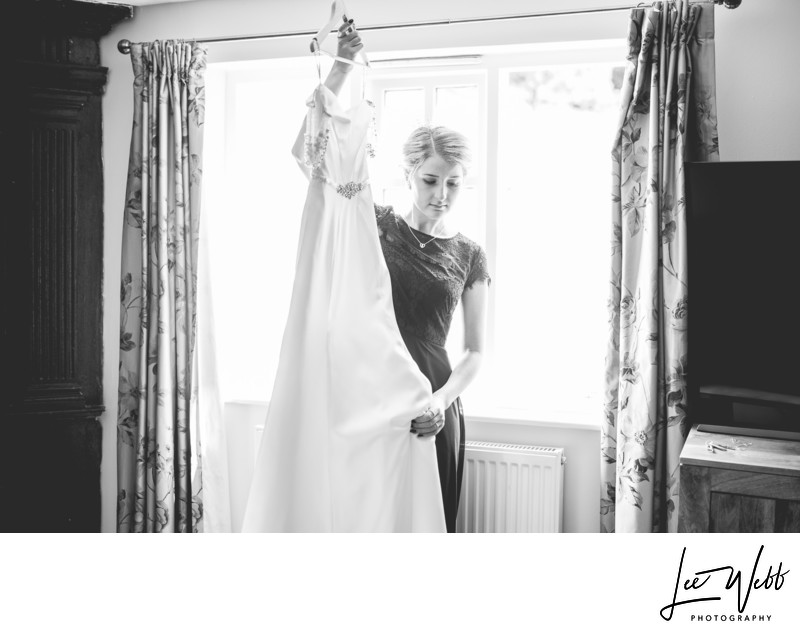 Bridal Photography Worralls Grove Farm House