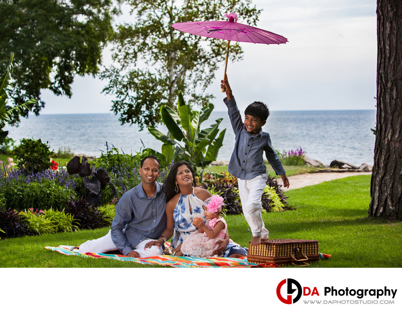 Contemporary Family Photographers at Gairloch Gardens