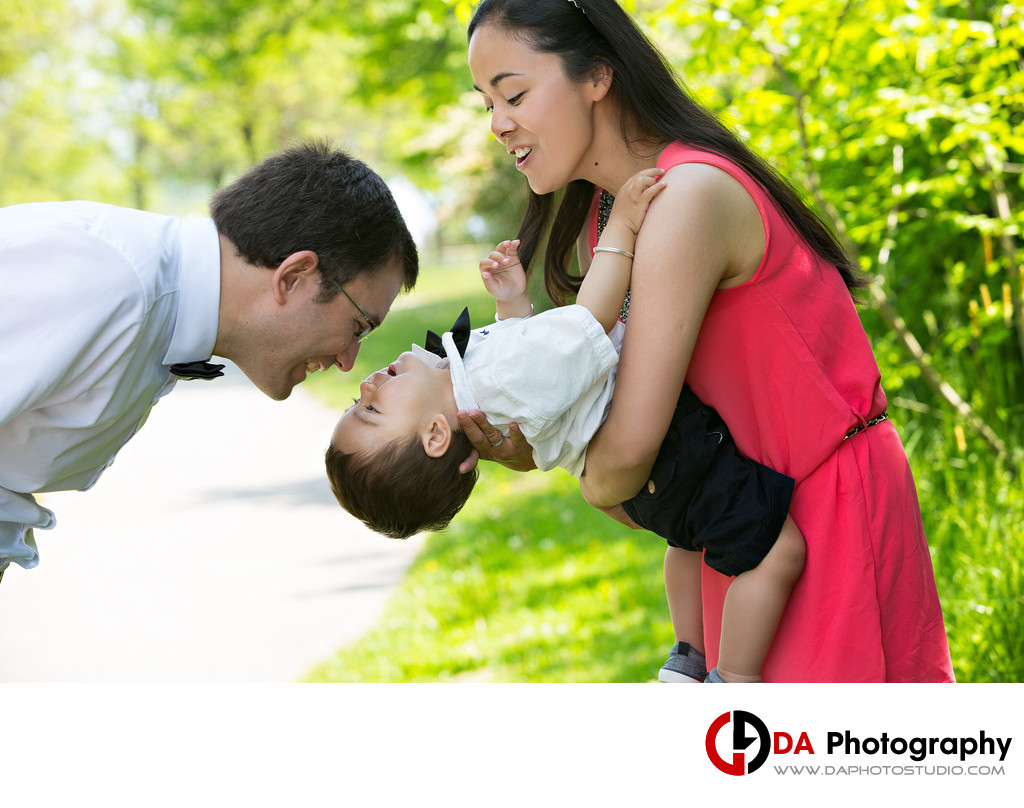 Top Family Photographer in Toronto at Humber Bay Park