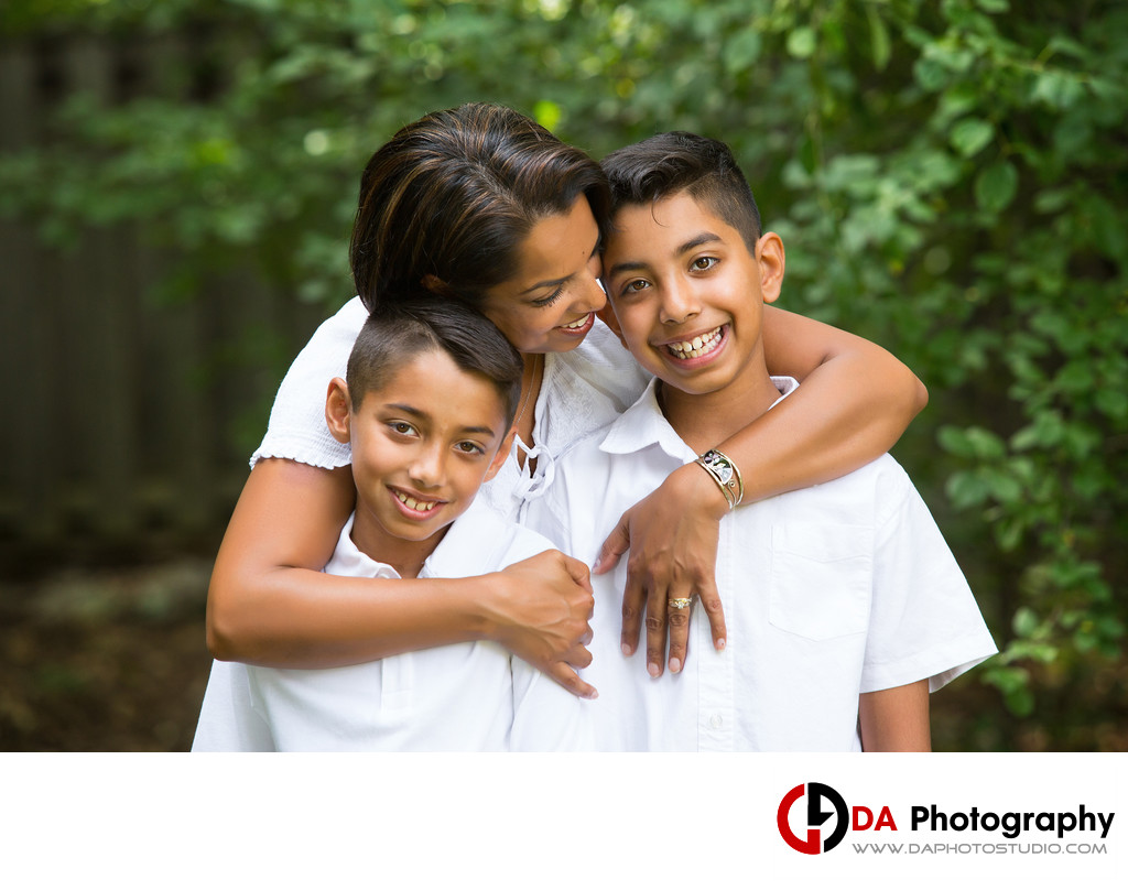 Fun Family Portraits in Mississauga, Ontario