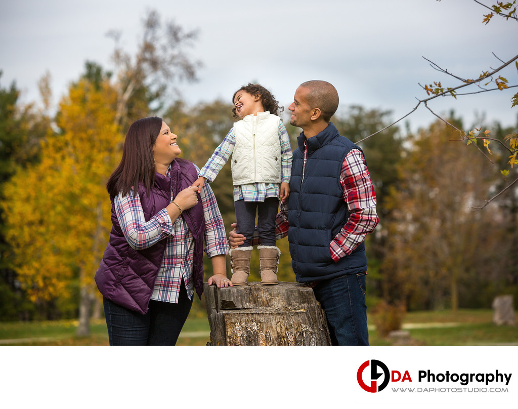 Fun Family Pictures at Heart Lake Conservation Area