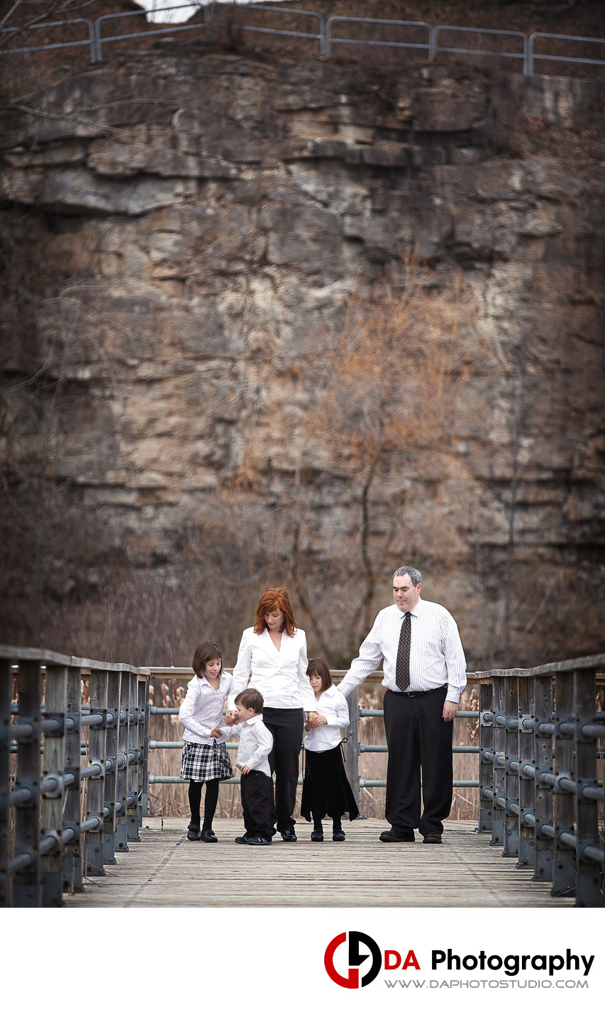 Family Photos at Kerncliff Park