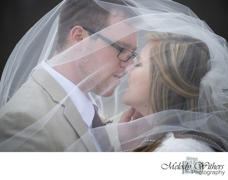 Wedding-Kiss-Indiana-Photography