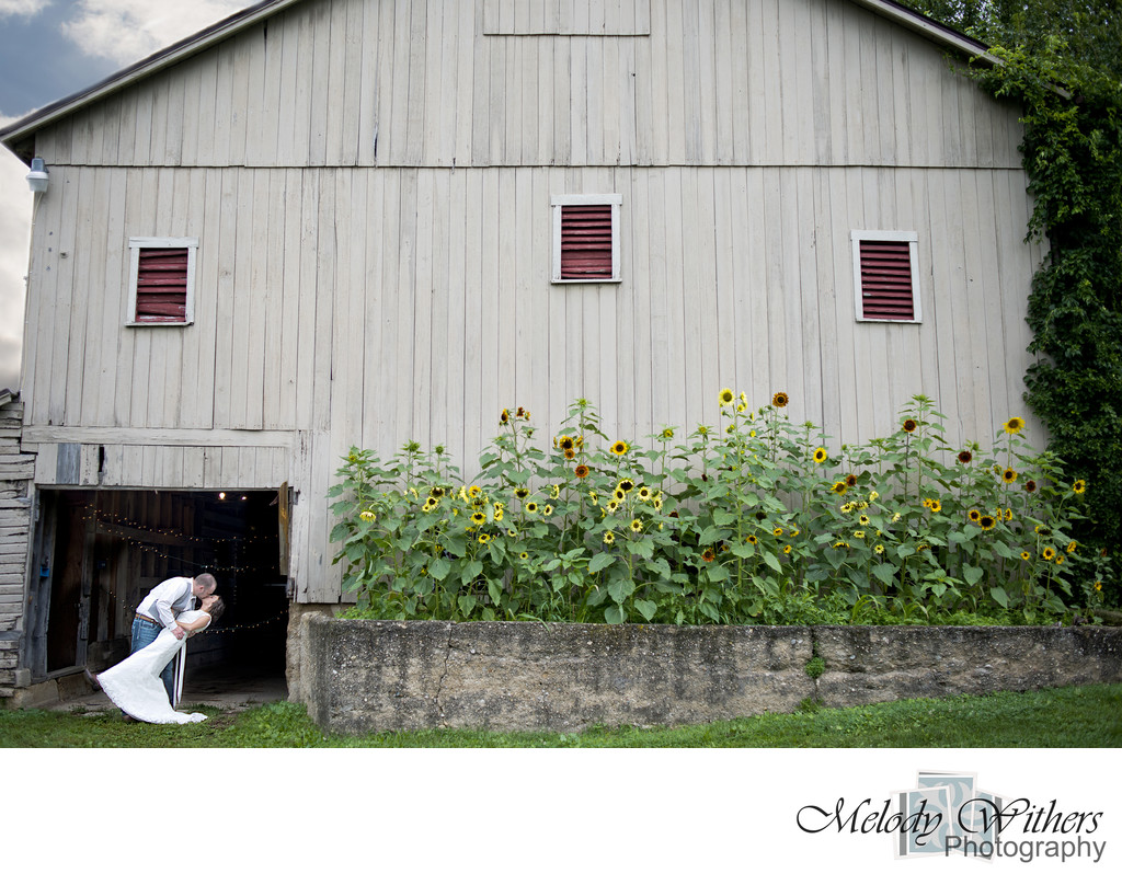 Farm-Wedding-Indiana-Barn-Photographer