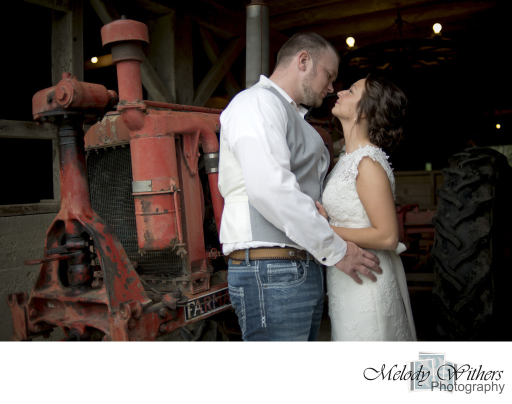 Farm-Wedding-Noblesville-Indianapolis-Photographer