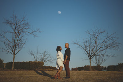 Indiana-Carmel-Coxhall-Gardens-Engagement-Photographer