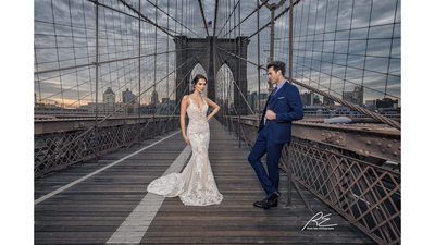 Wedding photos at Brooklyn Bridge NYC