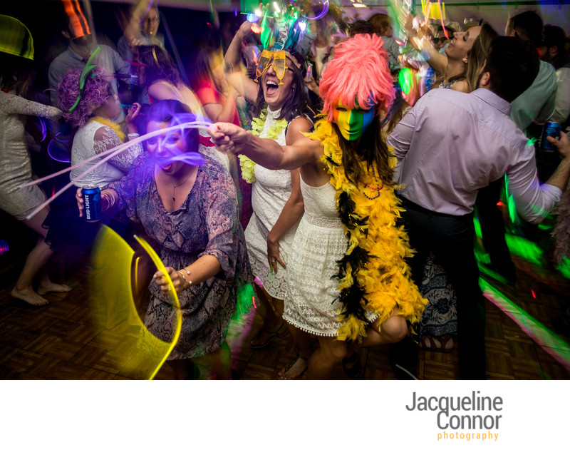 Best Candid Buffalo Wedding Pictures - Jacqueline Connor Photography