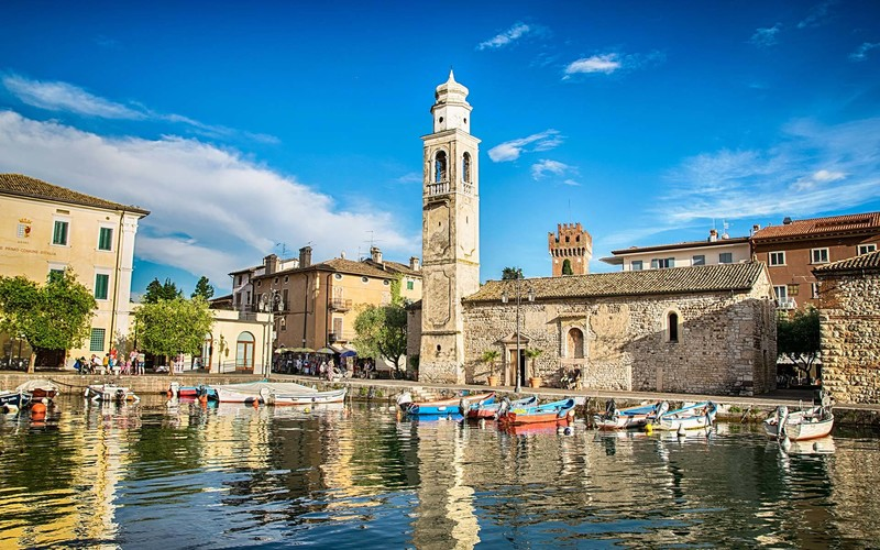 Small, romantic port in Lazise at Lake Garda in Italy