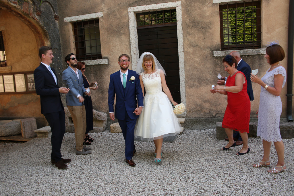 Wedding confetti in Torri del Benaco