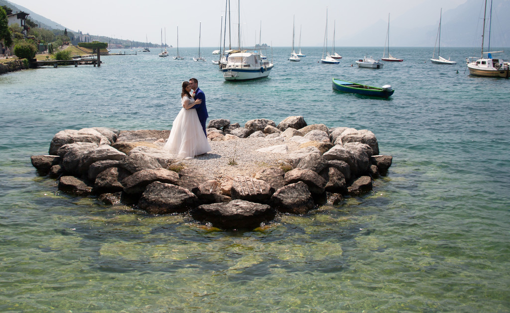 Unique and Exclusive wedding planner in Malcesine Castle.