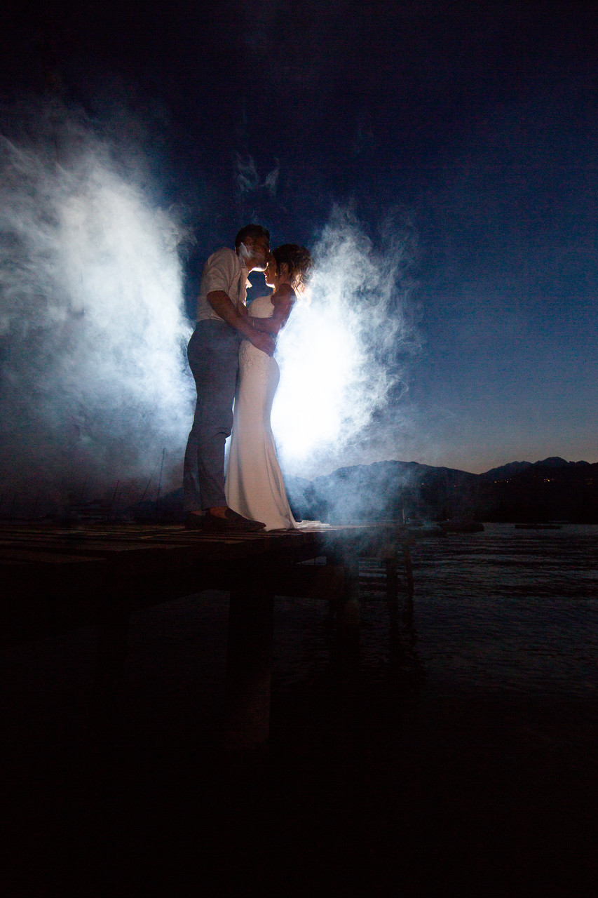Wedding smoke machine on Lake Garda